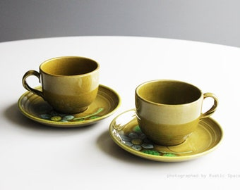Retro Metlox Poppytrail Dahila Teacups Set of 2