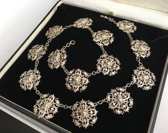 Victorian Antique Silver Necklace Featuring a Floral Design