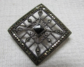 Vintage art deco lacy sterling marcasite black onyx statement brooch Victorian Revival