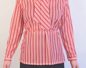 The Bay blouse with long sleeves vtg 1970s