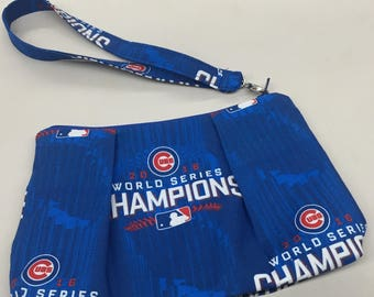 Chicago Cubs Double Pleated Wristlet_Championship Print