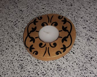 Black and gold decoration candle holder