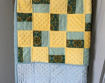 Baby Quilt, Lap Quilt, Gender Neutral Quilt