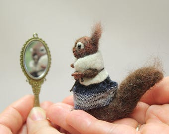 Needle felted squirrel.Miniature soft sculpture.Felted wild animals. Needle felted animal. Gift for her. Dolls and miniatures. Ready to ship