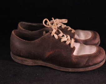 Vintage Brown and White Oxford Shoes