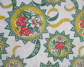FQ  Fresh Strawberries 1940s Cotton Fabric