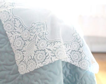 HANDKERCHIEF, Exquisite, Vintage Lace Ladies' Handkerchief, Bridal Shower Gift Inspiration, Something Old, Wedding Day, Bride to Be Gift
