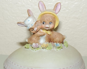 BUNNIES Porcelain Easter Egg