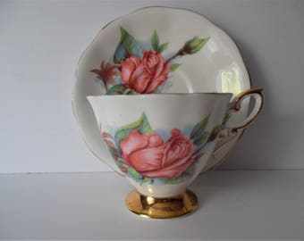 Royal Standard vintage Teacup &Saucer. Fine Bone china Teacup and Saucer.Gift idea. Floral China. Afternoon tea set.
