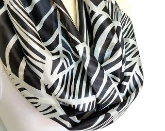 Black and White Silk Infinity Scarves for Women Scarves Silk Lightweight Scarf Spring Silk Scarf Women Gift for Mother Summer Scarf Outdoor