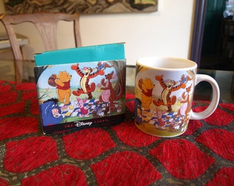 The Disney Store Winnie the Pooh Mug Picnic Scene with Original Box