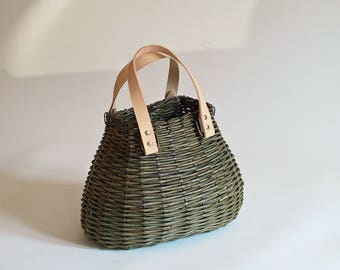 Green Wicker shoulder bag