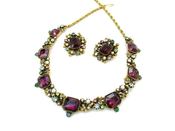 Emerald Cut Amethyst Rhinestone Pearl Necklace Earrings Set Multi Color Gold Tone Clover Accents Adjustable Vintage 1960s Fashion Jewelry