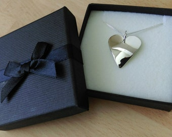 Sterling silver shiny heart pendant