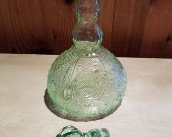 Amazing SALE ~ Price Reduced ~ Vintage Sandwich Green Indiana Chantilly Green  Decanter With Stopper Nice Look