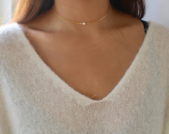 Small Pearl Necklace / Tiny Freshwater Pearl Necklace / Freshwater Pearl Necklace / Single or Multiple Pearl Necklace / Dainty Pearl Choker