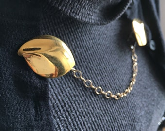gold leaf sweater clip