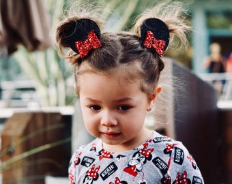 Minnie Mouse Ear Hair Clips, Minnie Mouse Bows, Pig Tail clips, Baby Clips, Minnie Ears, Red Minnie Ears