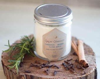 Great Harvest Soy Candle//8oz//Hand-Poured//Apple//Cinnamon//Clove