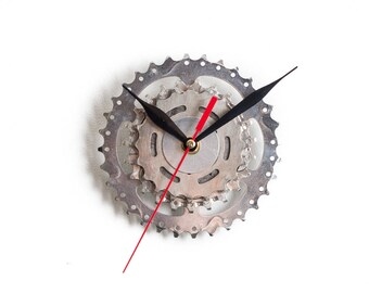 Steampunk Wall Clock, Clock made out of Recycled Bicycle Gears and Sprockets, Unique Modern Wall Clock, Unusual Wall Art, Gift Idea for Him