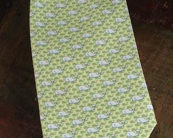 Vineyard Vines Silk Tie, Martha's Vineyard