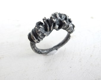Swirl Chuncky ring, blackened sterling silver ring, artistic, raw silver ring, Industrial ring, statement ring, contemporary art