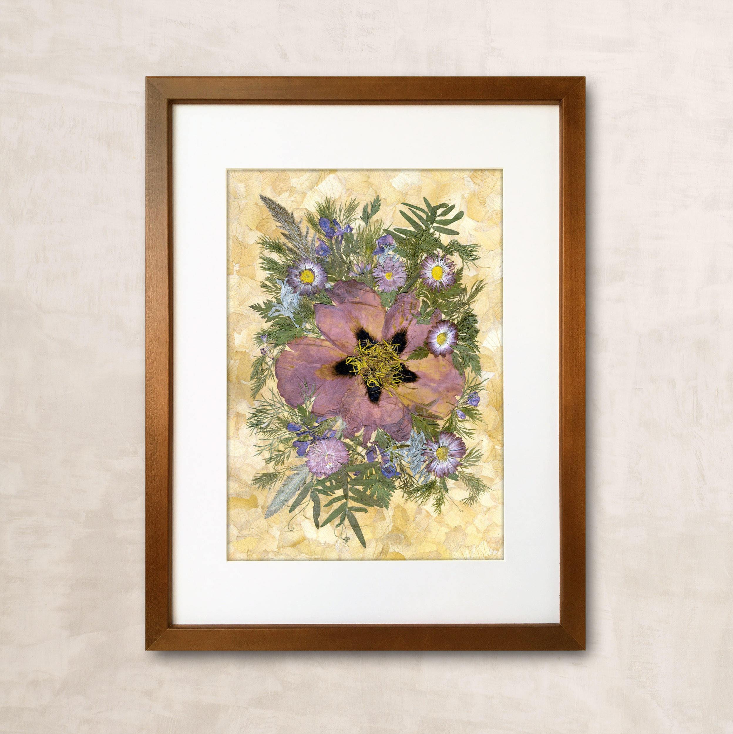 Umrahmt von getrockneten Blumen gepresste Blumen Kunst Blumen