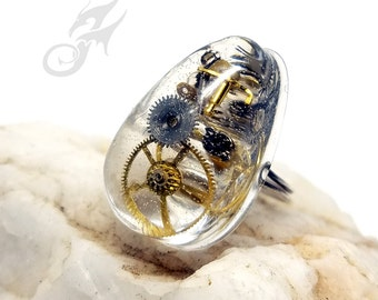 Size 4-6 Petite / Child's STEAMPUNK RING ~ Watch Parts in Ice Resin ~ Handmade Sterling Silver Wire Shank ~ Adjustable Ring ~ #R0108