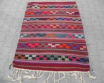 free shipping VINTAGE TURKİSH dursunbey  kilim Anatolian handwoven kilim rug decorative kilim - SİZE :41'' X 61'' ( 103 cm X 153 cm)
