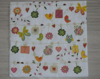 "paper towel theme home deco ""spring is coming"""