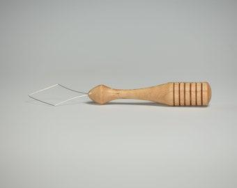Diz Threader - Curly Maple