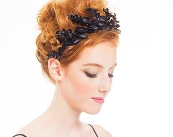 FESTIVAL CAPSULE COLLECTION // Jessa Black Flower Crown. festival fashion hair accessories, black flower crown, headband