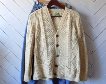 Lazy Sunday Mornings | Vintage 1960s Wool cableknit cardigan Made in Ireland | S M