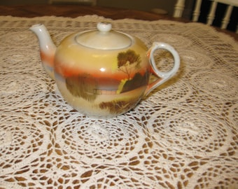 ANTIQUE TEA POT-Hand Painted Made In Japan Japanese Design