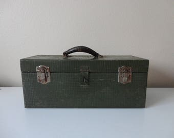VINTAGE pioneer steel co. METAL BOX with leather handle - tackle box - art supply box - toolbox