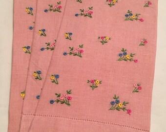 Vintage Linen Guest/ Finger Tip Towels