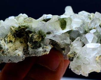 117 Gram Top Quality Undamaged Chlorine Quartz Specimen From Pakistan -106*59*28mm mm