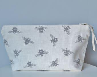 Bumblebee Print Makeup & Cosmetics Bag