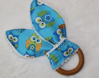Blue and Green Owls Rabbit Ears Wooden Teething Ring