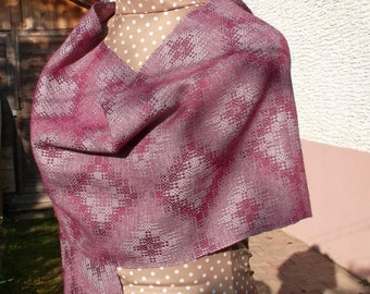 Garnet scarf in wool and silk woven handmade in France