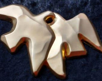 Vintage Nina Ricci doves brooch