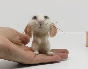 Needle Felted Mouse Little White Mouse by Loosemoosey