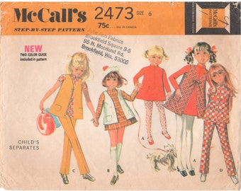 1970 - McCalls 2473 Vintage Sewing Pattern Girls Size 6 Separates Dress Vest Pants Top Front Zipper Elastic Waist