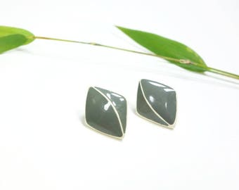 80s Enamel Earrings Sage Green 1980s Earrings Stud Earrings Olive Green Olive and Cream