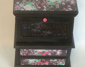 Vintage Upcycled Floral Jewelry Box