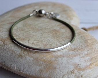 Leather strand bracelet with silver plated noodle bead, leather cord, magnetic clasp, various colours available, ladies jewellery, gift idea