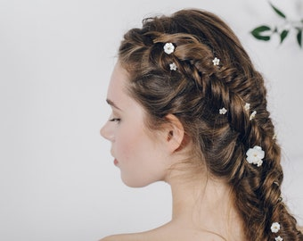 Mother of pearl flower hair pins set, Pearl flower hairpins, Pearl hair pins plait set, Pearl flower plait set, Floral hair pins - Minna