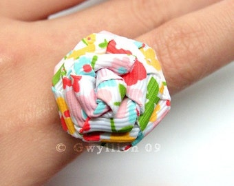 Lovely Spring Rose Ring