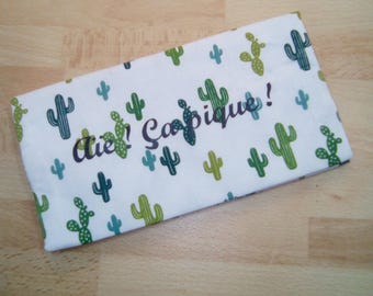Protects personalized checkbook in cotton