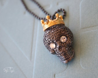 Silver plated Black skull necklace - The KIng